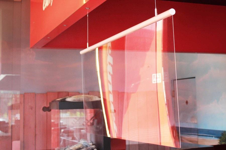 Corona Schutz Scheibe mit Deckenaufhängung